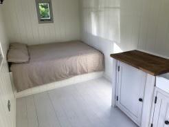 Shepherd hut - bed