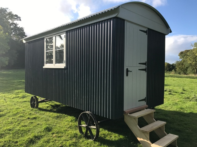 Shepherd hut - Side View 2
